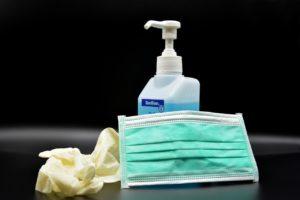 Masque, gants, gel hydroalcoolique COVID-19